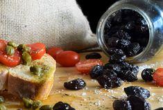 Ελιές θρούμπες πατητές - σπιτικές - Just life French Toast, Breakfast, Food, Morning Coffee, Essen, Meals, Yemek, Eten