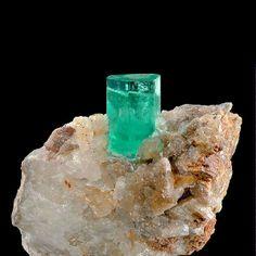 Emerald/Calcite