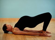 While pregnant, you may need to find new and creative ways to exercise – like yoga. Prenatal yoga provides big health benefits in a low-impact workout. Yoga During Pregnancy, Third Pregnancy, Trimesters Of Pregnancy, Pregnancy Tips, Yoga Prenatal, Prenatal Workout, Pregnancy Workout, Exercise For Pregnant Women, Pregnant Yoga