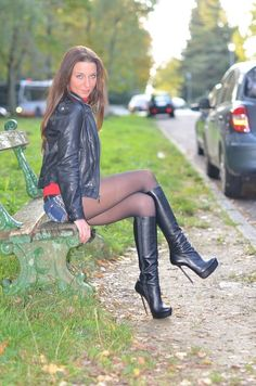 This Beautiful Brunette is wearing a gorgeous pair of shine Black pantyhose with gorgeous pair of high heels boots she looks stunning. Thigh High Boots, High Heel Boots, High Heels, Knee Boots, Black Pantyhose, Black Tights, Great Legs, Brunette Girl, Women Legs