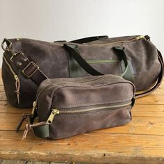 Traveling soon  Easily pack your duffel and kit bag with all your  necessities. Mens bdab8982b9746