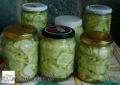 Ez a szuper trükk akár télig tartósítja neked a görögdinnyét! Veggie Recipes, Salad Recipes, Fun Cooking, Cooking Recipes, Torte Cake, Hungarian Recipes, No Bake Cake, Pickles, Cucumber