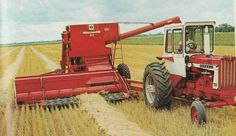 806 equipped with a ice cream box cab, pulling a 402 combine, 1967 brochure pic Case Ih Tractors, Big Tractors, Farmall Tractors, International Tractors, International Harvester, North Dakota, Agriculture Tractor, Farming, Illinois