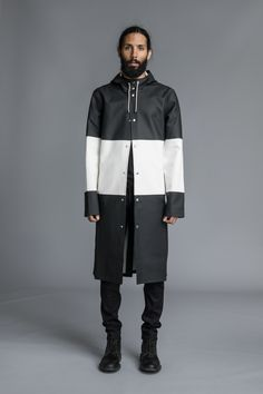 """This is a longer version of the Vit-colored raincoat I also like. Similar if not same price. This color, which I like, is called """"Svart/Vit. Dark Fashion, Mens Fashion, Live Fashion, Black Raincoat, Rain Gear, Raincoats For Women, Fall Winter 2014, Stockholm, Gatos"""