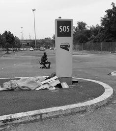 """""""SOS"""", Ponte Mammolo (Roma), maggio 2015. 1° riScatto urbano di Adil Mauro.. Foto inviata via mail in lizza esclusivamente per il premio giuria."""