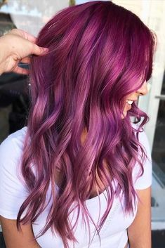 64 Featured Purple Hair Color Ideas 2018 - New Hair Design Hair Color 2018, Hair Color Purple, Cool Hair Color, 2018 Color, Burgundy Hair Colors, Hair 2018, Winter Hair Colors, Violet Hair Colors, Plum Violet Hair