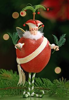 Vintage Christmas, Country Christmas figurines, Old Fashioned Christmas ornaments and retro Christmas party decorations. Find Christmas decorating ideas here! Christmas Figurines, Christmas Tree Ornaments, Christmas Crafts, Retro Christmas, Christmas Holidays, Christmas Party Decorations, Paperclay, Old Fashioned Christmas, Just In Case