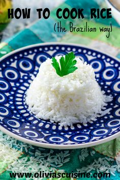 How to Cook Rice. How to Cook Rice (the Brazilian way!) - Perfect seasoned fluffy rice every time! Brazilian Dishes, Brazilian Recipes, Rice Recipes, New Recipes, Vegetarian Recipes, Cooking Recipes, Favorite Recipes, How To Cook Rice, Gastronomia