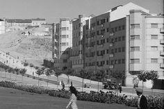 Alameda de Dom Afonso Henriques, Lisboa (M. Novais, c. 1948) Algarve, Old Photos, Vintage Photos, Douro, Old City, Historical Photos, Costa, The Neighbourhood, Photo Wall