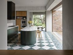 An Addition to a 1940s Home in Sydney Amplifies Its Connection to the Outdoors #dwell #homeaddition #australia #moderndesign #kitchenideas 1940s Home, Recycled Brick, Interior Windows, Terrazzo Flooring, Kitchen Trends, Kitchen Ideas, Kitchen Design, Kitchen Inspiration, Australian Homes