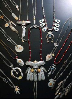 Where you find all the fashion brand accessories from Japan and America. The most trusted store that sell Goro's, Stoplight and many others! Silver Accessories, Accessories Store, Nick Wooster, Fashion Brand, Mens Fashion, Stop Light, Jewelry Design, Men's Jewelry, Feather