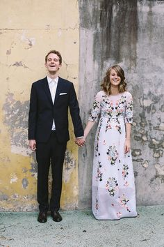 A stylish handmade wedding in a greenhouse by Lara Hotz Photography