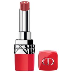 A lipstick infused with flower oil for a weightless wear for up to 12 hours with the comfort of moisturizing lip care.Highlighted Ingredients: - Camelina Oil: Hydrates lips. - Jojoba Derivative: Moisturizes lips. What Else You Need to Know: Rouge Dior Ultra Care delivers high-color impact and weightless wear for up to 12 hours. The lipstick contains a white CD core infused with camelina oil and a derivative of natural-origin jojoba for deeply hydrated and moisturized lips in ultra-luminous…