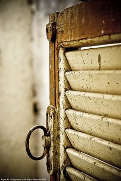 valscrapbook:    An Old Window by Rayan M. on Flickr.