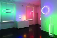 Mirage es una colección de lámparas creadas a partir de la luminosidad y los ambientes que puede crear el neón.