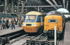 Deltic and HST at Kings Cross