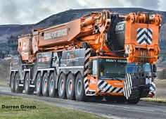 2,573 vind-ik-leuks, 24 reacties - cranes and heavy lifting (@cranenation) op Instagram: 'This is that beautiful 1750 we had a glimpse of a little while ago. #liebherr #ltm1750…'
