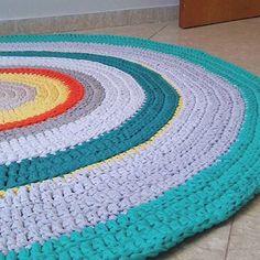 De perto. 👉Encomendas pelo WhatsApp (11) 9-7974-8100  #tapetedefiodemalha #tapetes #tapetedecroche #fiodemalha #crochet #crochetaddict #handmade #diydecor #diydecoração #feitoamao #trapillo #trapilho #decoracaoalternativa #decoracao #decor #decoration #arquitetura #mandala #quartoinfantil #kidsroom #nursery #quartodemenino #tapeteinfantil #handmadecrochet #presentes #artesanato