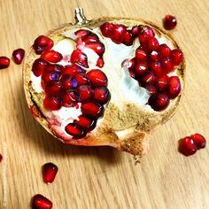manhãs perfeitas: Por dentro da Romã / Inside pomegranate // INSTAGRAM