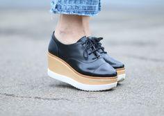 Veja como usar o flatform! O sapato da vez é super versátil e pode ser usado com vestido, saia, calça e shorts.