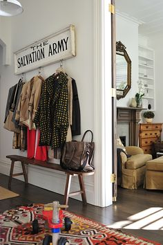 love that entryway.