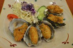 Crumbed deep fried oysters Deep Fried Oysters, Meat, Chicken, Food, Essen, Meals, Yemek, Eten, Cubs