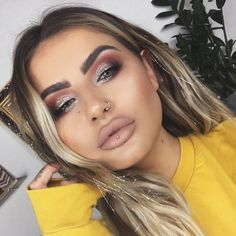 """39.8k Likes, 192 Comments - JAMIE GENEVIEVE (@jamiegenevieve) on Instagram: """"Up close & personal . @urbandecaycosmetics naked heat palette @urbandecaycosmetics brow beater…"""""""