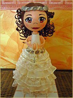 Mis cosas bonitas: Muñeca de comunión personalizada. CLAUDIA.