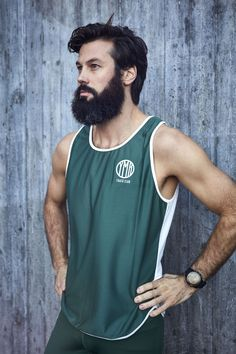 Green running singlet designed and knitted in Sweden. Running Singlet, Winter Running, Sweden, Tank Man, Mens Tops, Fashion, Moda, Fasion