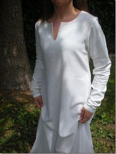 Post sobre elaboración de la camisa medieval. Spanish clothes 13th c