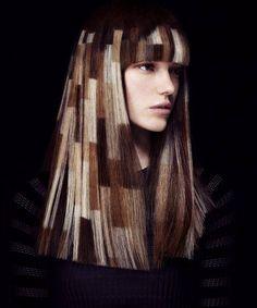 Nuevo sistema de coloración en nuestros salones: #Maskwithvibrachrom de #Davines, que une la naturaleza (Quinoa), la cosmética (Omega 3) y el textil (Fosfolipídicos), combinación perfecta y novedosa que consigue un elevado poder hidratante y acondicionador, un color extraordinariamente brillante y una duración prolongada, gracias a la penetración más uniforme del color en la estructura capilar. Resultados probados espectaculares. #hairdresser #hairstylist #hairdressinglife #instalook…
