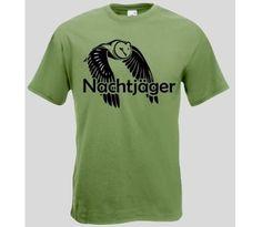 Herren T-Shirt Nachtjäger  T-Shirt Nachtjäger mit Eule. Das Nachtjäger T-Shirt ist in den Größen S-XXL erhältlich. Auf dem T-Shirt ist eine fliegende Eule abgebildet. / mehr Infos auf: www.Guntia-Militaria-Shop.de