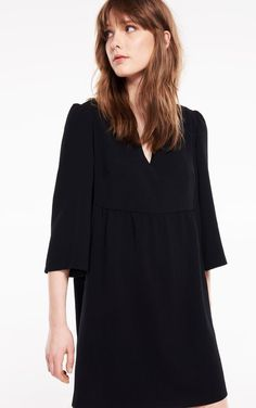 Whether it is long or short, dresses are easy to wear for a sophisticated and elegant look. Mini Robes, Women's Summer Fashion, Capsule Wardrobe, Lace Dress, Bell Sleeve Top, Collection, Elegant, Womens Fashion, Tops