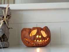 A spooky and scary Jack o lantern appropriate for Halloween decor. It can light up a scpace with a rasty and spooky tint, as a tea light candle Creepy Halloween Party, Whimsical Halloween, Spooky Halloween Decorations, Halloween Home Decor, Halloween Pumpkins, Halloween Lighting, Halloween Art, Halloween Costumes, Jack O'lantern