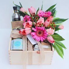 Ready to go  #thecountrykitchenbox #westandoak #gift #toronto #flowers #love