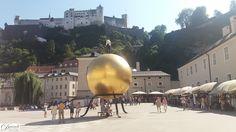 Salzburg Kapitelplatz mit Festungsblick.