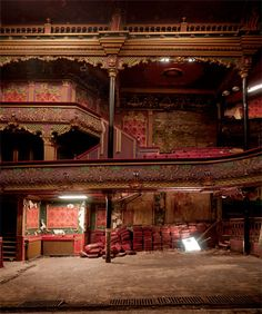 An empty theater....the stories in this grand ole structure have got to be simply amazing