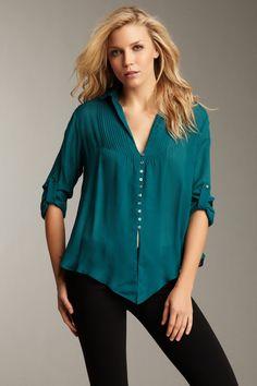 HauteLook >> Love this top, my favorite color!