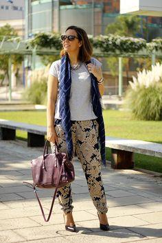 Rocío del blog @Shoptimista nos deleitó con su outfit y salones de #Rebecasanver