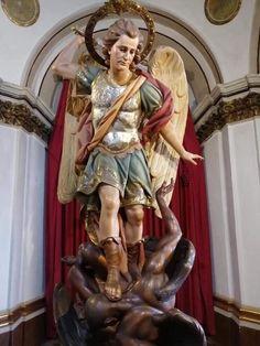 Kunst Online, Holy Rosary, Archangel Michael, Guardian Angels, Angel Art, St Michael, Religious Art, Princess Zelda, Fictional Characters