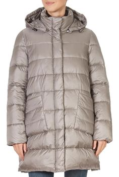 This is the stunning Silver Grey Puffer Coat from our friends at Pregio! A cosy piece with a central double fastening, side pockets, and a detachable hood. This is the perfect piece to carry you into the colder season! Winter Coats Women, Winter Jackets, Puffer Coat With Fur, Grey Wash, Green Shorts, Khaki Green, Shop Now, Cosy, Silver