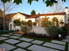 A lovely spanish cottage in California.