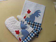 kit contem 1 pano de copa + 1 Luva de forno Applique Towels, Applique Patterns, Applique Designs, Quilt Patterns, Patch Quilt, Dish Towels, Tea Towels, Easy Crafts, Diy And Crafts
