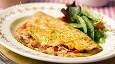 Pastırmalı Omlet Omelette, Lasagna, New Recipes, Farmer, Bbq, Tacos, Chicken, Ethnic Recipes, Watch