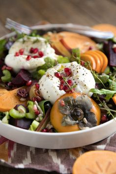 Persimmon, Farro, and Burrata Salad with Easy Balsamic Vinaigrette — Coffee & Crayons Salad Recipes For Dinner, Healthy Salad Recipes, Raw Food Recipes, Vegetarian Recipes, Persimmon Recipes, Burrata Salad, Clean Eating, Healthy Eating, Healthy Food