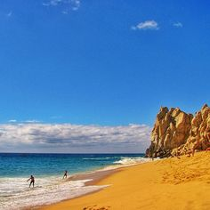 Sun, sand and surf converge on Divorce Beach in Cabo San Lucas, #Mexico. Photo courtesy of mthiessen on Instagram.