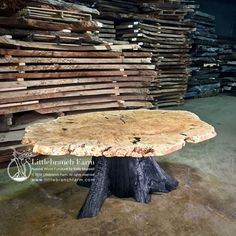 A fire charred western cedar stump serves as the foundation for this maple burl dining table. The live edge burl wood slab is a massive by Unique Dining Tables, Rustic Table, Wooden Tables, Woodworking Furniture Plans, Log Furniture, Furniture Stores, Furniture Design, Tree Stump Table, Wood Table Design
