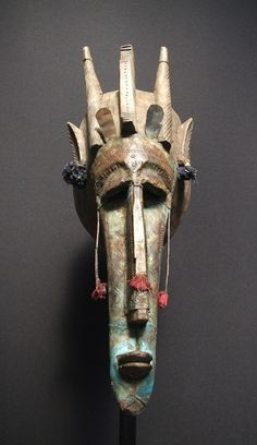 eccentrickollector - Maschera tribale africana Marka, Mali Best Picture For mask scary For Your Taste You are looking - Arte Tribal, Tribal Art, Portrait Sculpture, Art Sculpture, African Masks, African Art, Living Puppets, African Sculptures, Art Premier