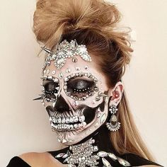 Spikes+metal+gems+glitter= one glamorous ghoul. ☠️☠️☠️ @the_wigs_and_makeup_manager shows us THIS is how halloween is done ☠️✨ #modernsalon