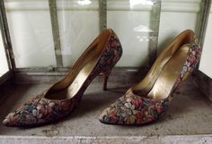 Vitnage Stiletto Pumps Womens Spike Heel Flower by ForsythiaHill